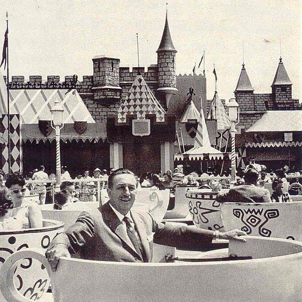 Originally-Walt-Disney-envisioned-Disneyland-Burbank-CA-right-across-street-from-Walt-Disney-Studios
