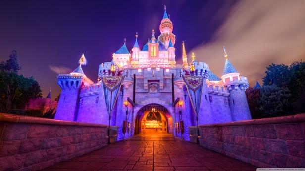 sleeping_beauty_castle_disneyland-wallpaper-1366x768.jpg